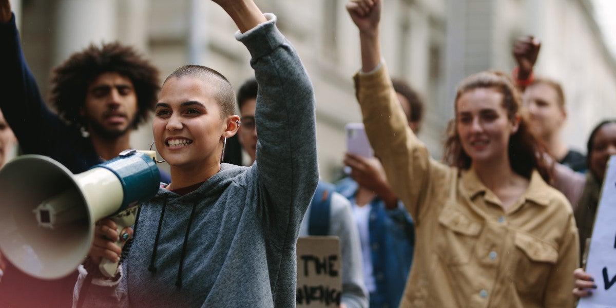 Mensen die demonstreren