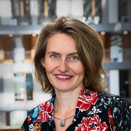Dr. Barbara Regeer